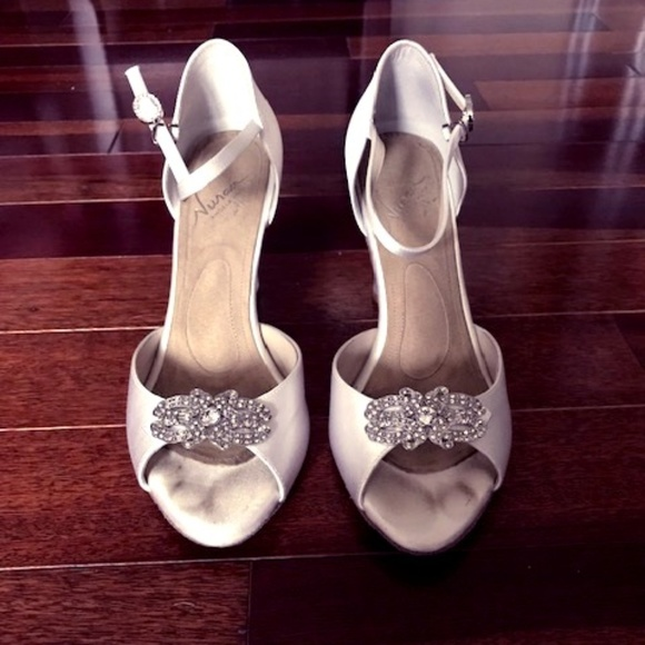 7528c761919 Angela Nuran Shoes - Angela Nuran Antique White Wedding Shoes size 8